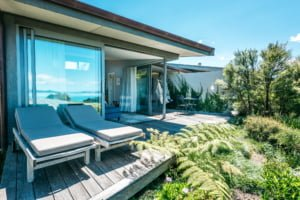 The Blue Room Exterior Luxury Accommodation Woodside Bay